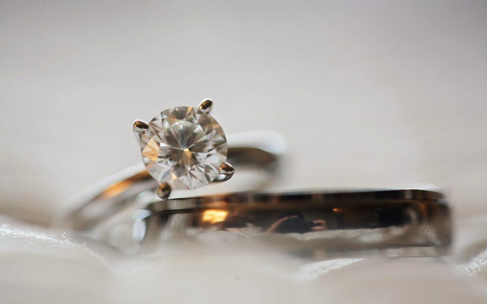 blur-close-up-crystal-691046